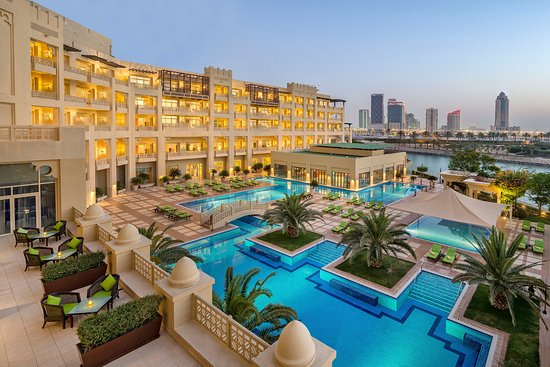 5* Grand Hyatt Doha Hotel & Villas